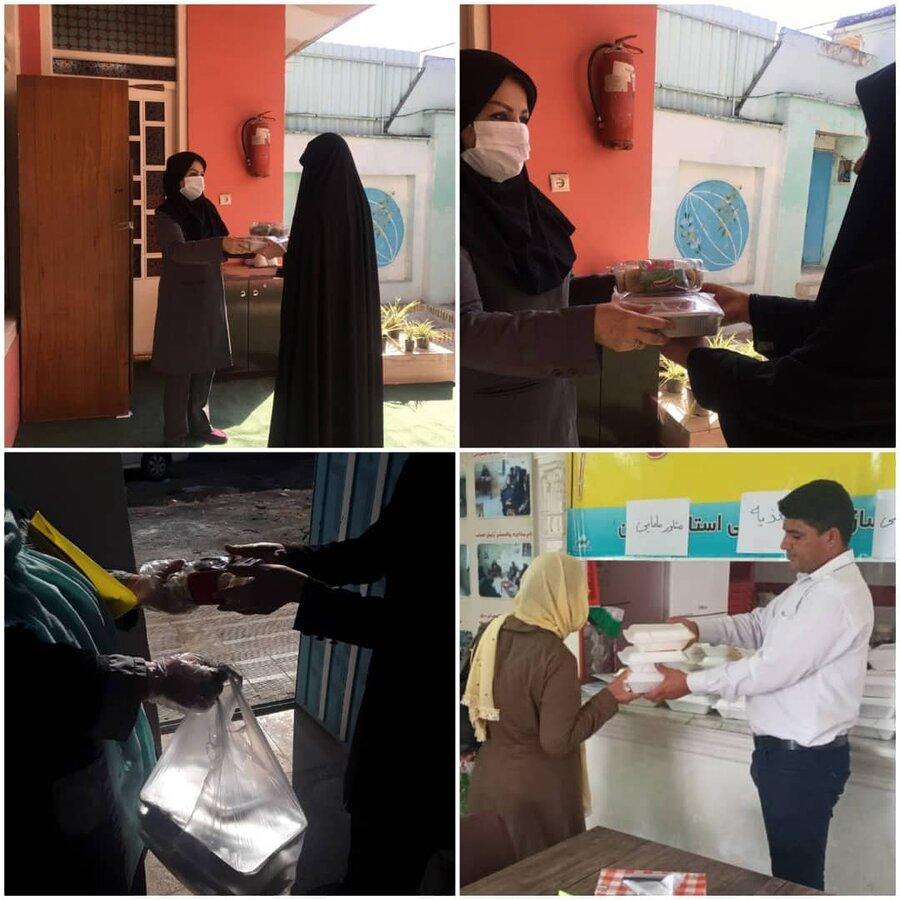 توزیع غذای آماده در بین محرومین و نیازمندان با تشریک مساعی کارکنان اداره کل بهزیستی گلستان