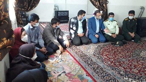 کمک های مومنانه سپاه به مددجویان بهزیستی شهرستان دنا
