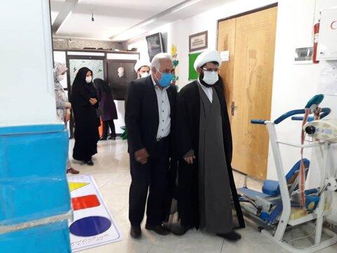 شهرقدس| گزارش تصویری/ بازدید امام جمعه شهرقدس از مرکز اوتیسم فرزندان آفتاب