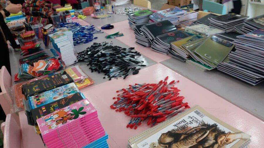 بهبهان|۳۰۰ بسته لوازم التحریر به مددجویان بهزیستی  بهبهان اهدا شد