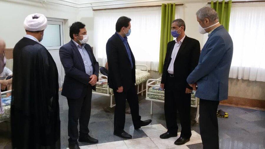 بازدید دکتر حسین نحوی نژاد از آسایشگاه معلولان و سالمندان غرب گیلان