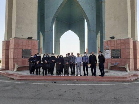 گزارش تصویری | آیین غبارروبی و عطر افشانی مزار شهدای گمنام