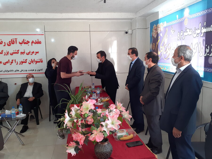 تجلیل از قهرمانان ورزشی ناشنوای استان قزوین