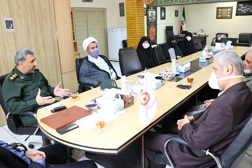 نشست نقش زنان گیلانی در دوران هشت سال دفاع مقدس