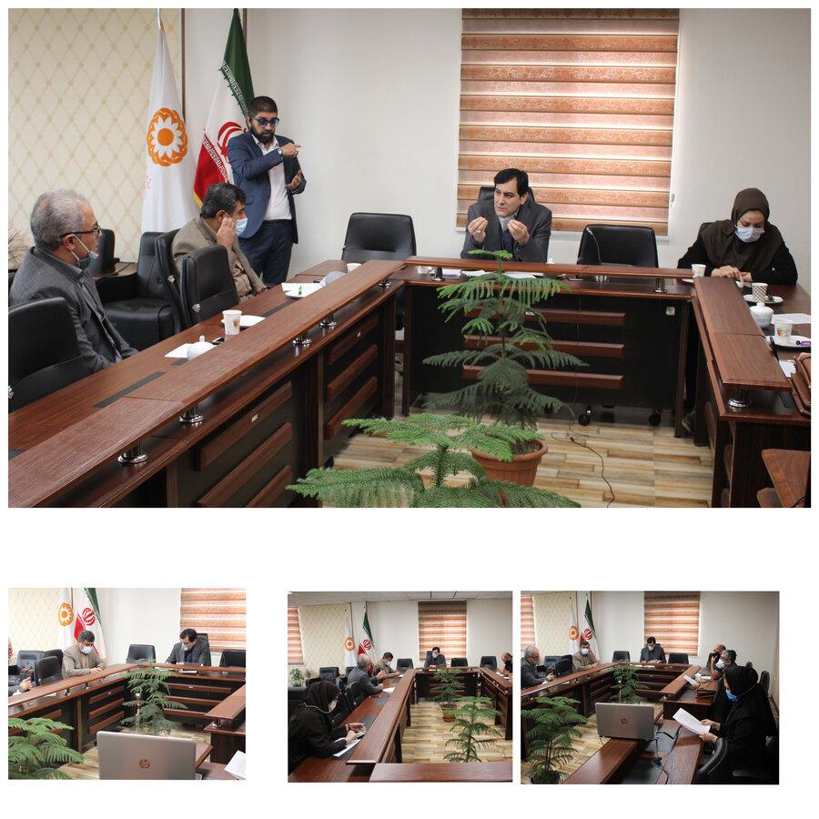 نشست صمیمانه مدیرکل بهزیستی استان با انجمن ناشنوایان