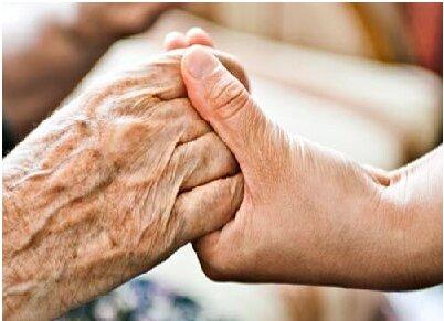 دوران سالمندی زمان کناره گیری از جامعه و انتظار کشیدن برای پایان زندگی نیست