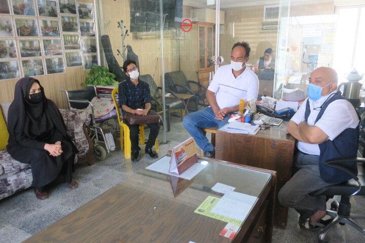 گلپایگان| دیدار سرپرست اداره بهزیستی شهرستان گلپایگان با مدیر آسایشگاه سالمندان امام سجاد(ع) به مناسبت هفته سالمند