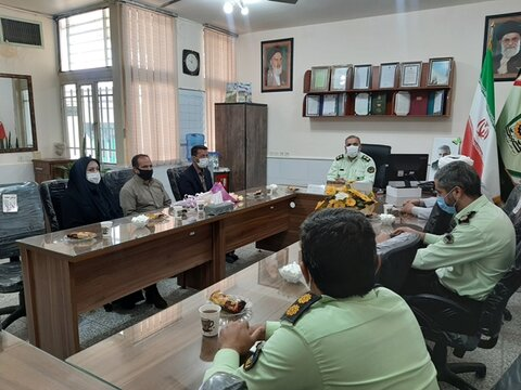 دهاقان  دیدار رئیس اداره بهزیستی با سرهنگ پریشانی فرمانده نیروی انتظامی به مناسبت هفته ناجا