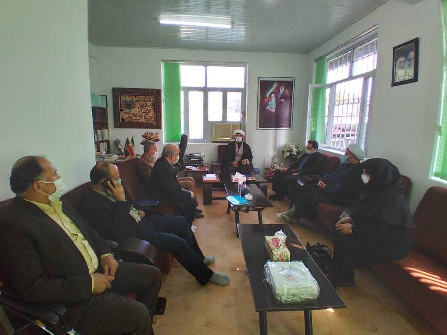 دیدار مدیر کل بهزیستی گیلان با امام جمعه شهرستان تالش در خصوص بررسی سیل تالش