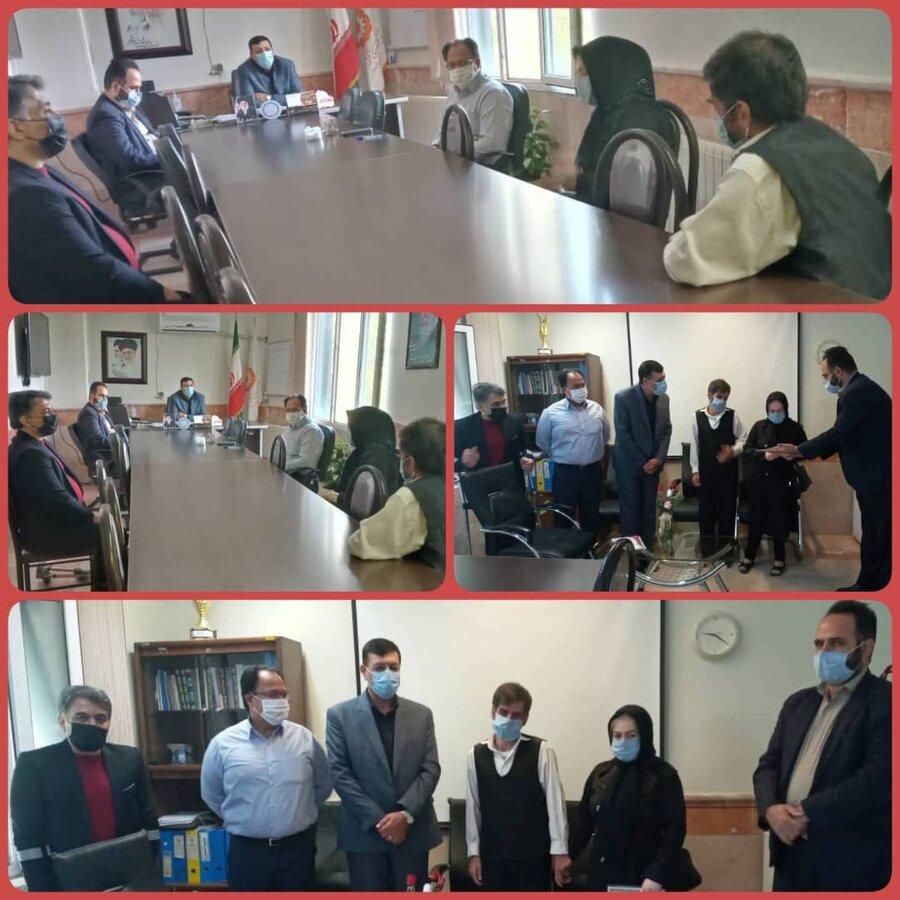 نظرآباد   تجلیل از نابینایان موفق تحت پوشش اداره بهزیستی شهرستان نظرآباد