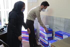 گزارش تصویری | توزیع ۴۰۰ لیتر مواد ضدعفونی کننده در ادارات بهزیستی استان