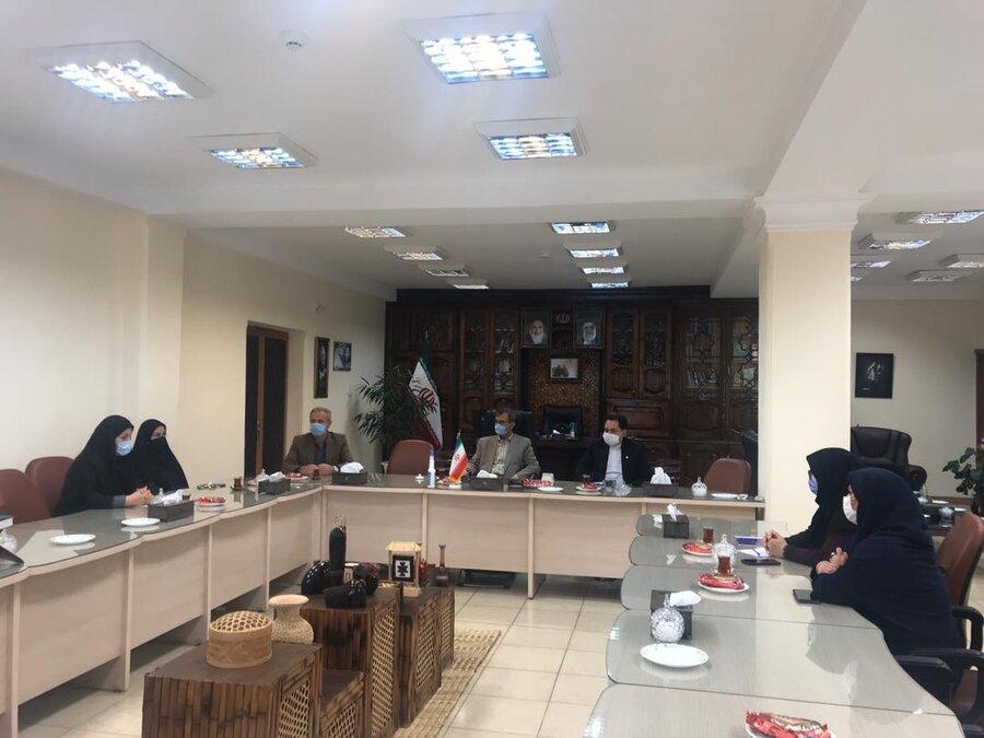 نشست مدیرکل بهزیستی گیلان با فرماندار شهرستان لاهیجان