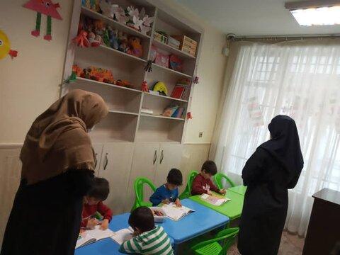 پاکدشت|بازدید کارشناسان بهزیستی استان از مراکز شبه خانواده